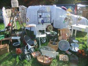 fotos und erfahrungsbericht zum antikmarkt in sickendorf. Black Bedroom Furniture Sets. Home Design Ideas